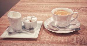 珈琲か紅茶か